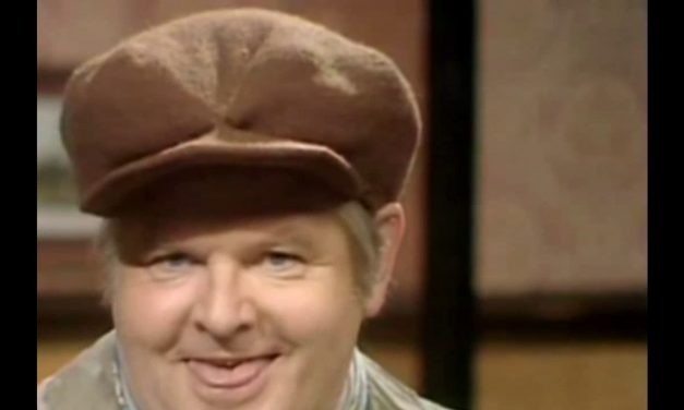 Video: The Pigeon Poem Sketch by Benny Hill